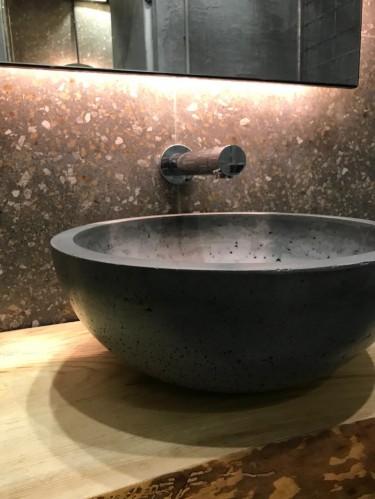 Раковина из бетона «Чаша»