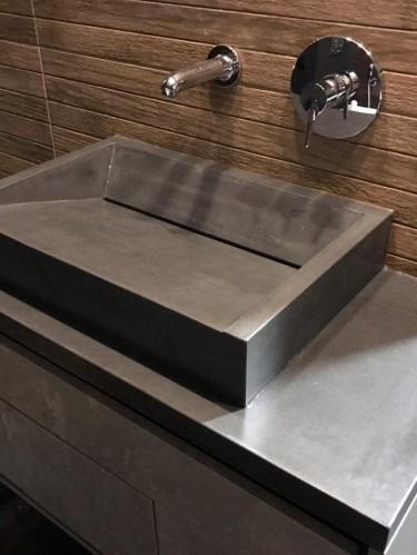 Раковина из бетона «Призма»